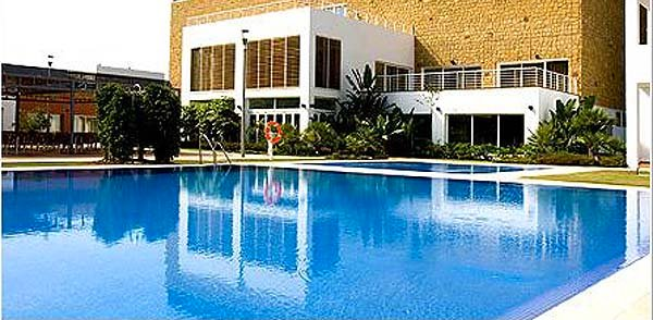 Cala Mijas Hotel swimming pool